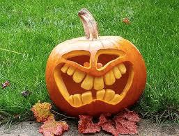 Cette année la fête d'Halloween du samedi 31 octobre est annulée à Echallens…                                                                                                   Donc pas de bonbons chez nous «Au Pistyle» ….covid oblige…merci pour votre compréhension…